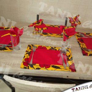 sets et serviettes de table.