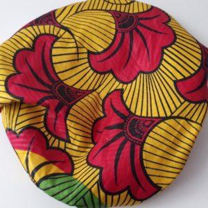 Bonnet d'intérieur composé de tissu wax