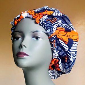 Bonnet de satin fait en tissu wax
