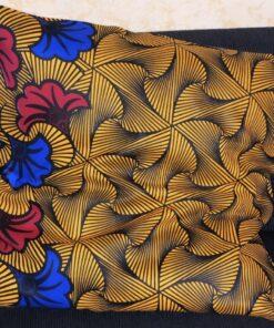 Taie d'oreiller « Fleur du mariage » fait en tissus wax