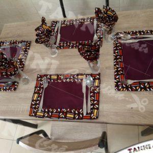 Sets et serviettes de table fait en wax