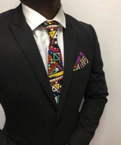 cravate ethnique homme