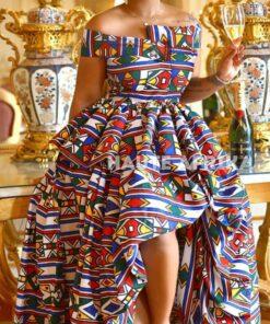 Robe épaules dénudées irrégulière en wax ; Boity, robe irrégulière, robe épaules dénudées