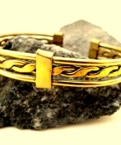 brass wavy bracelet